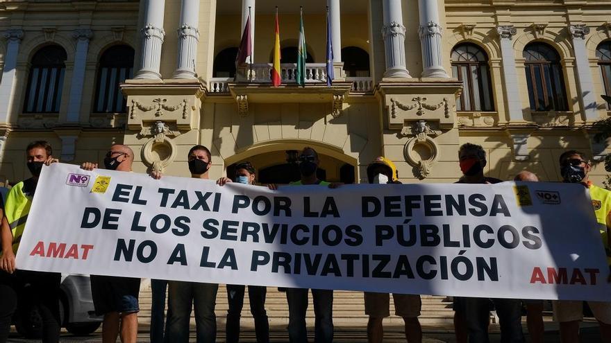 Los taxistas de Málaga exigen la regulación los vehículos VTC