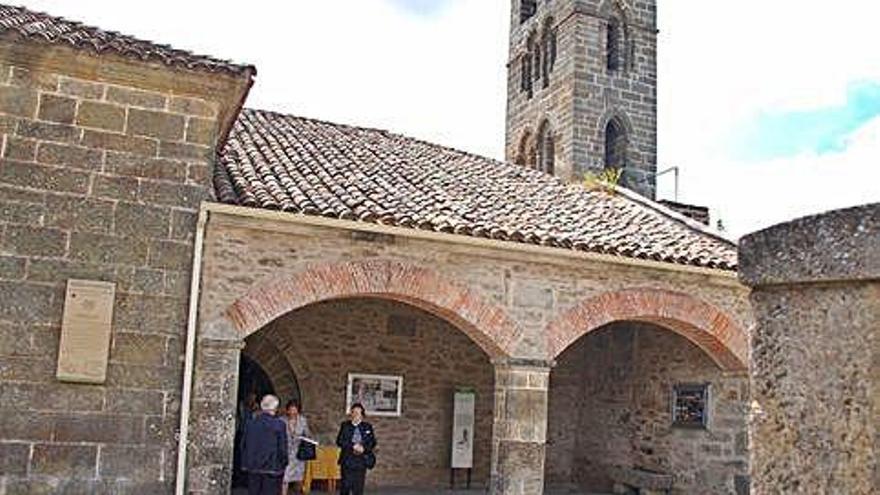 La diócesis de Astorga suspende las cataquesis y cursos, pero mantiene las iglesias abiertas al culto