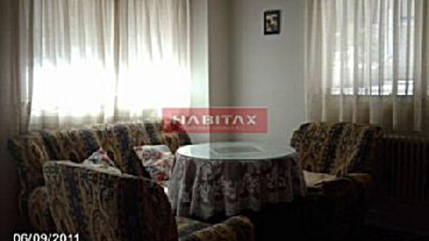 89.900 € Venta de piso en Peñatrevinca (Zamora) 72 m2, 2 habitaciones, 2 baños, 1.249 €/m2...