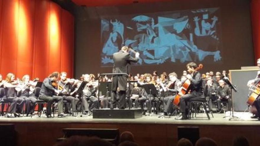 El Guernica s'explica amb música