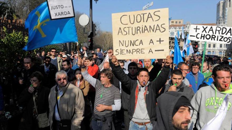Los pescadores paran el viernes en protesta por la paulatina asfixia económica del sector