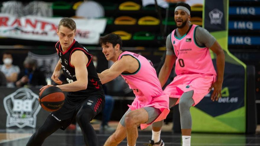 El Barça no encuentra oposición ante el Bilbao Basket en Miribilla