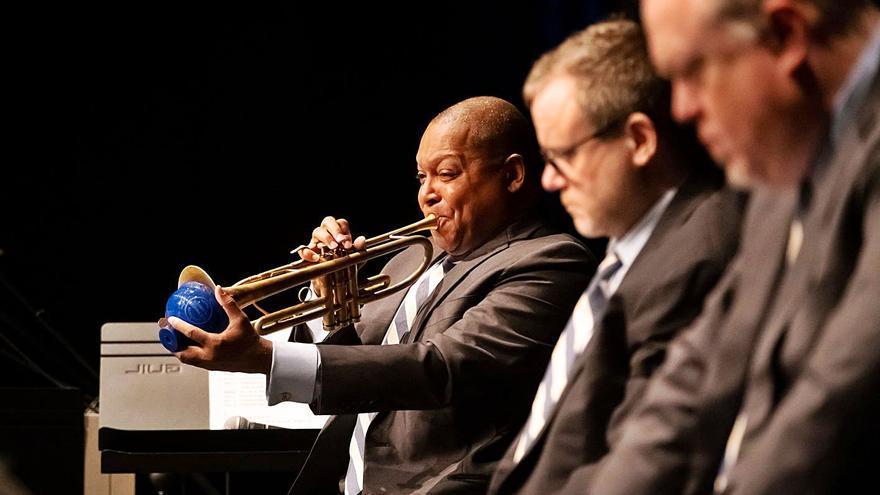 La Jazz at Lincoln Center Orchestra y Marsalis conquistan al público canario