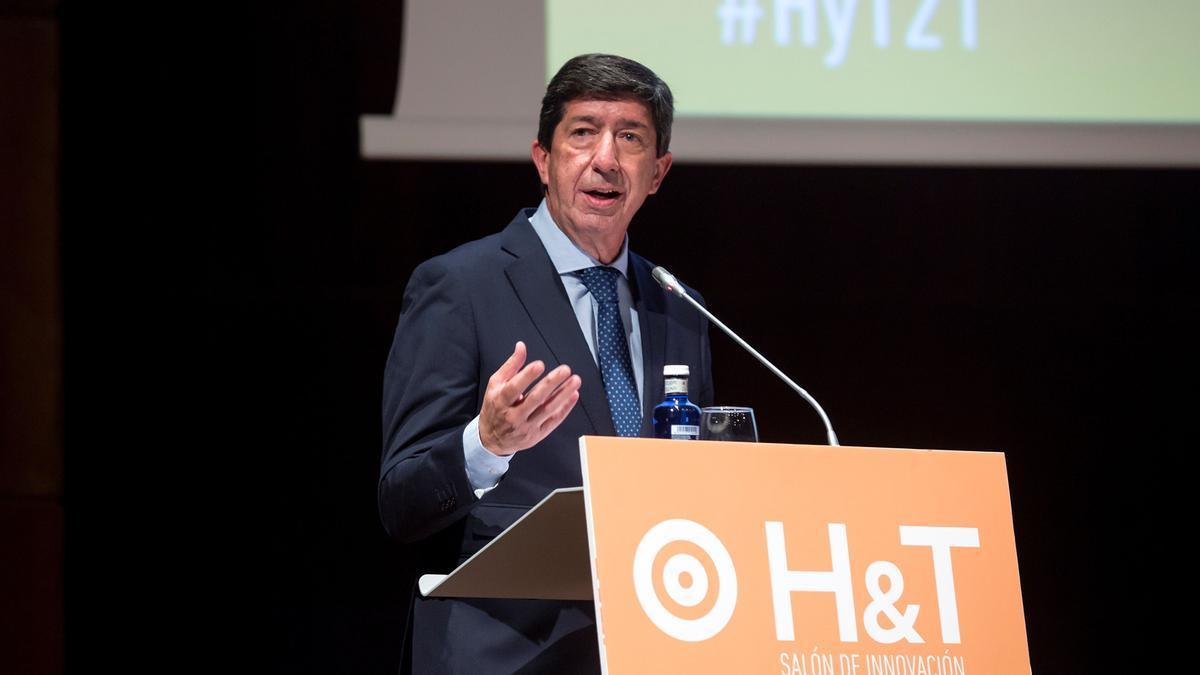 Juan Marín inauguró ayer en Málaga el Salón de Innovación en Hostelería.
