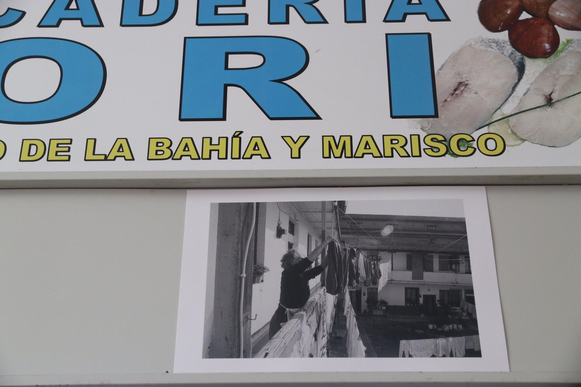 Exposición fotográfica de José Antonio Berrocal en el mercado del Carmen