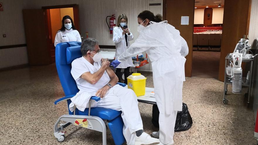 Más de 4.000 profesionales de la enseñanza se vacunarán en Sagunt