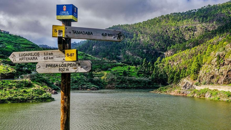 La Isla retrasa el paso en sus senderos