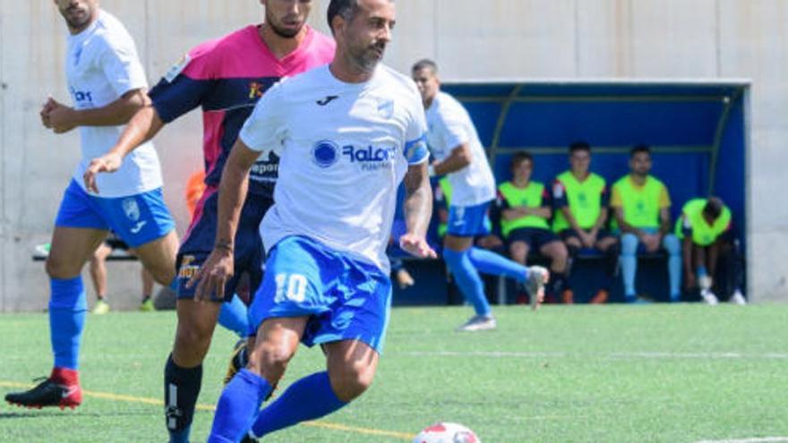 David González, 'el Moco', gana el balón de Oro Canario