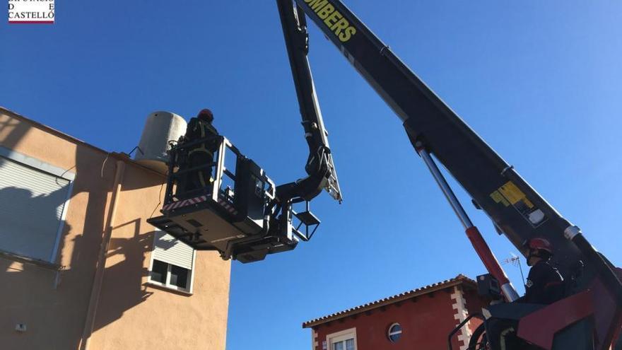 El viento de hasta 139 km/h provoca más de cincuenta intervenciones en Castelló