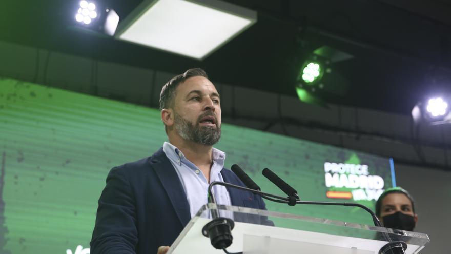 """Abascal pide una """"respuesta de fuerza"""" contra los migrantes de Ceuta"""