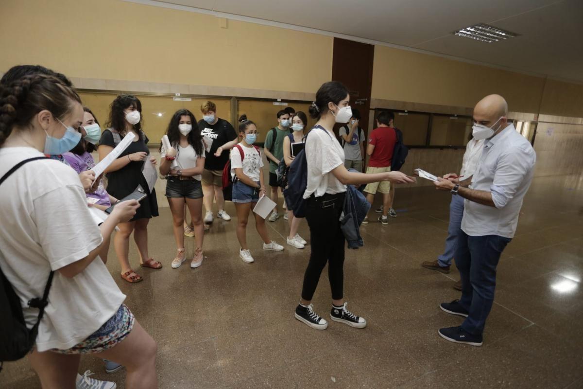 Arranca la EBAU en Extremadura