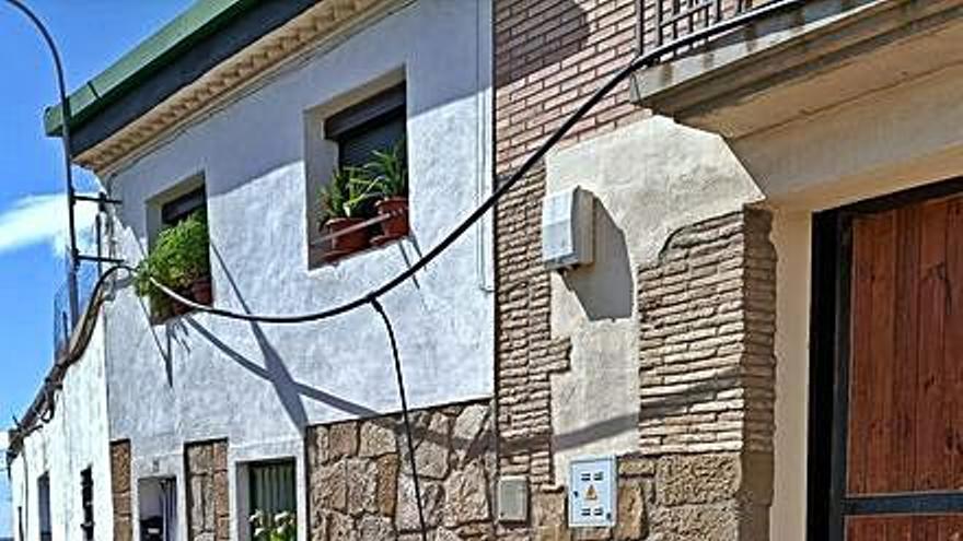 Reparaciones en las calles Torre Reina y Buen Aire