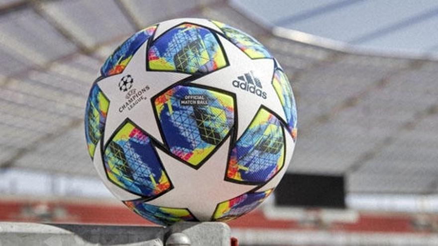 La Champions arranca este martes con nuevo balón