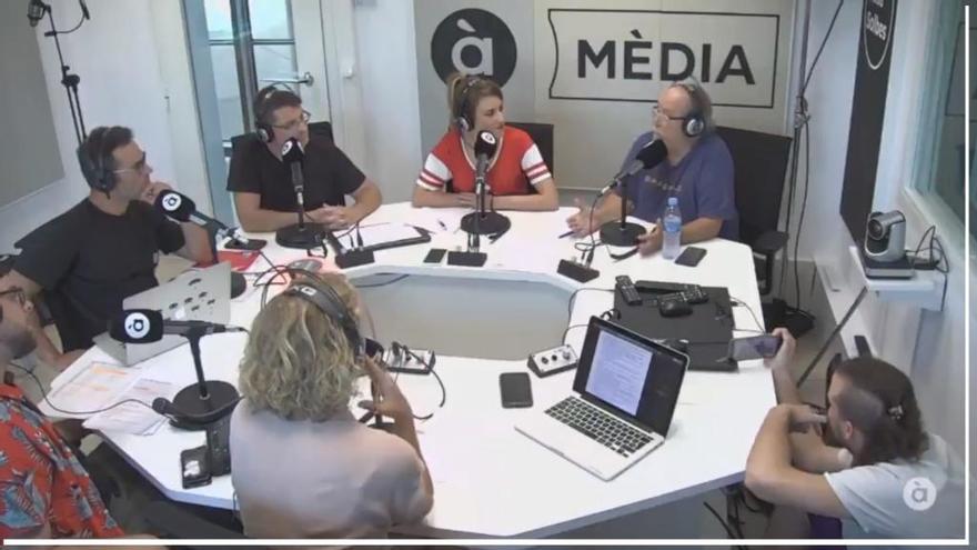"""Arévalo, en la radio: """"Franco no persiguió a los gays"""""""