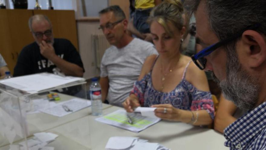 Los vigilantes de El Prat irán a la huelga indefinida a partir de este viernes