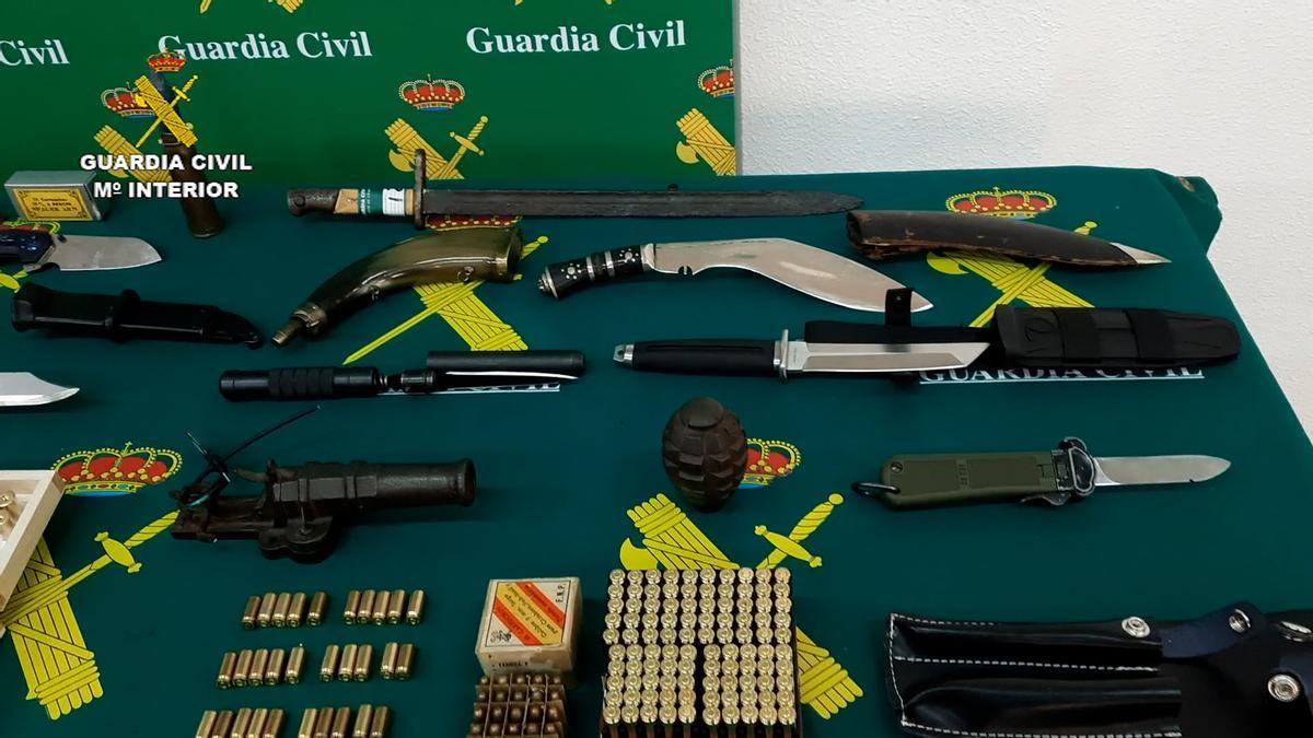 Intervenido en Teruel un depósito ilegal de armas y municiones, con un detenido