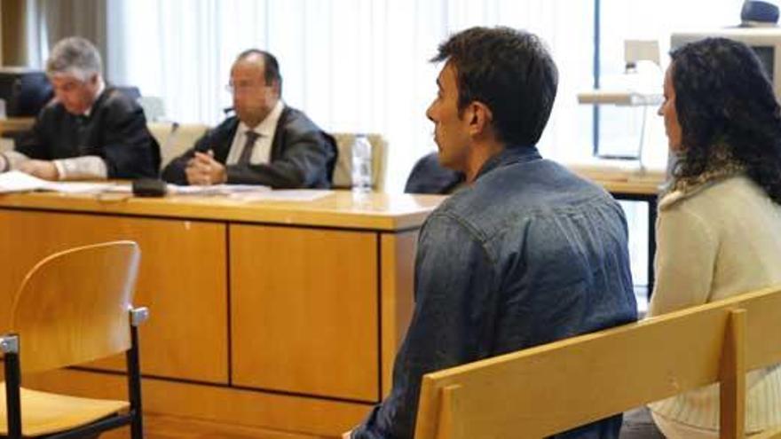 Paco González recurrirá la sentencia contra su acosadora