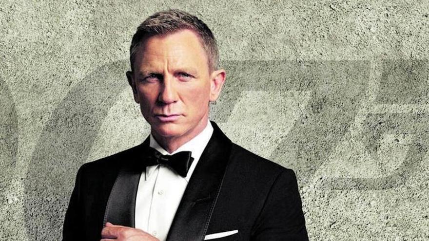 James Bond, al rescate de los cines