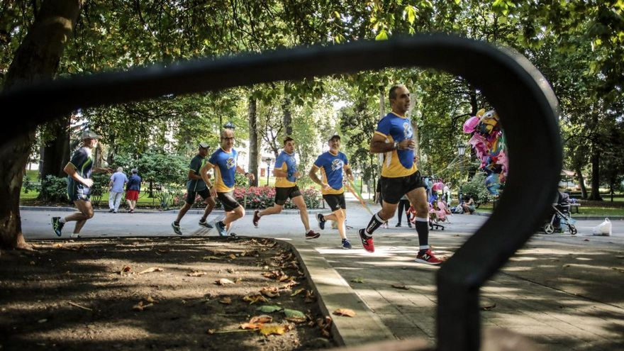 """Pesaba 108 kilos y consiguió adelgazar y correr una maratón en cuatro meses: la historia de """"Forrest Fran"""""""