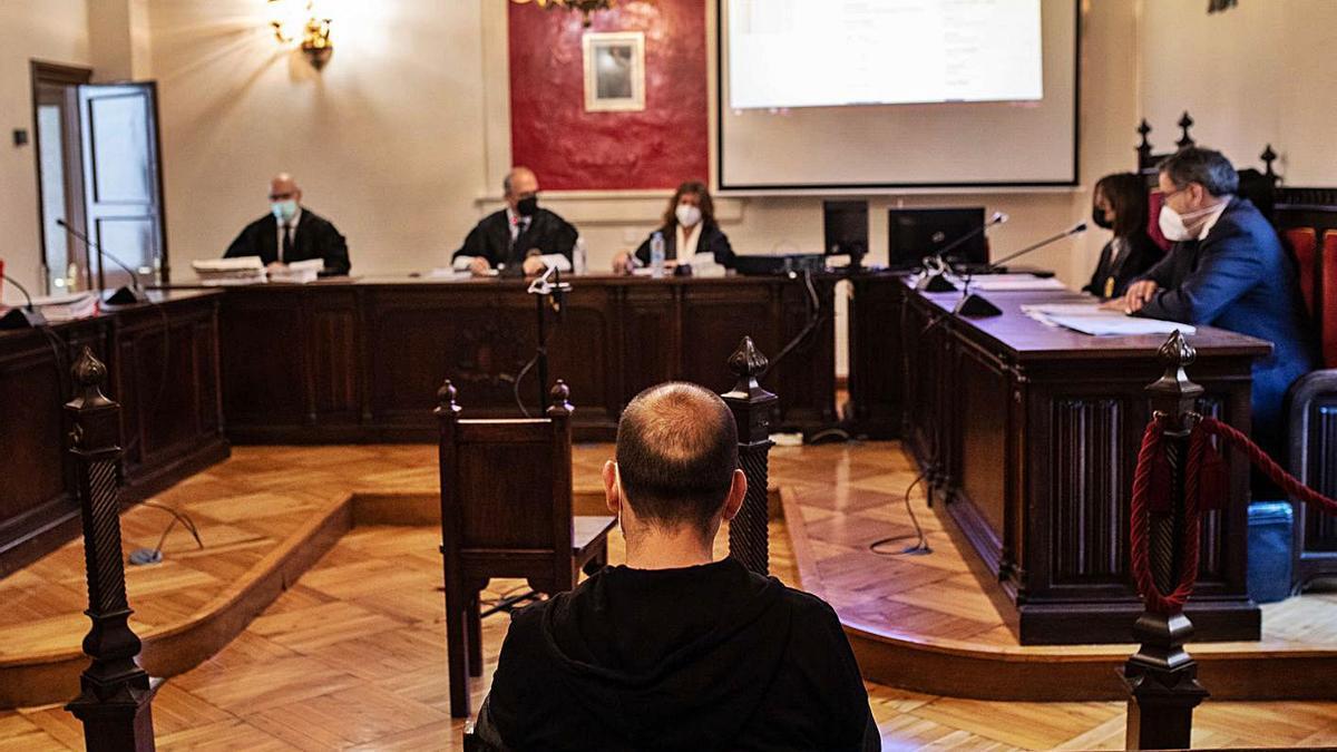 El fisioterapeuta del Virgen del Castillo durante el juicio en la Audiencia.