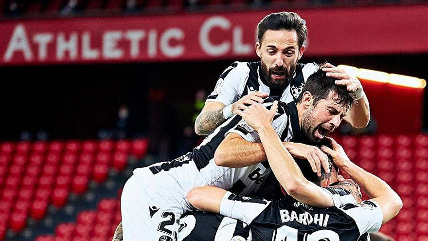 Athletic y Levante siguen creyendo