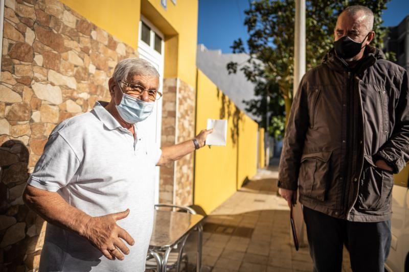 Recorrido por las carencias del barrio de El Chorrillo en Santa Cruz