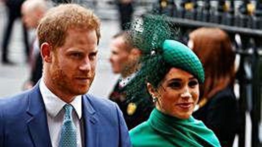 Los duques de Sussex se despiden de UK
