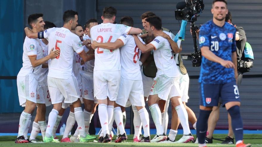 La selecció espanyola goleja a Eslovàquia i es trobarà a Croacia a vuitens