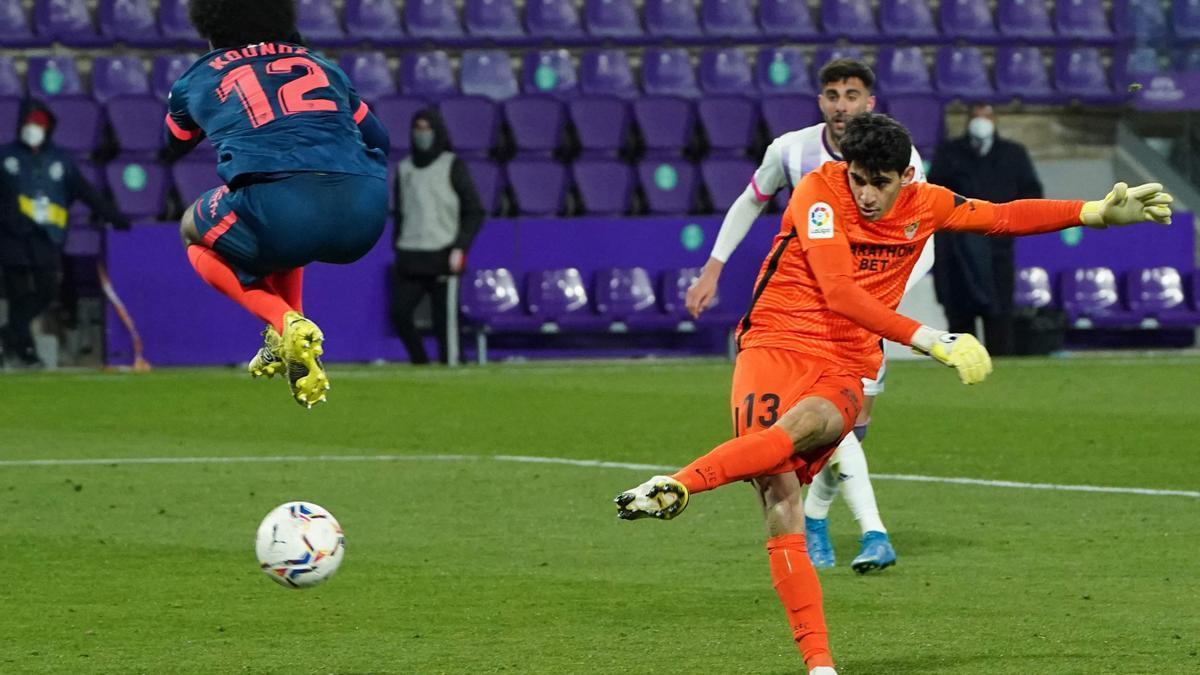 Bono marca el gol que le dio un punto al Sevilla en el último minuto