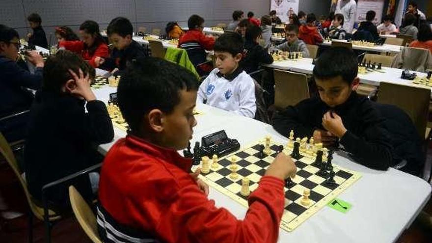 El Campeonato Provincial reúne en Vilagarcía a más de 300 jugadores