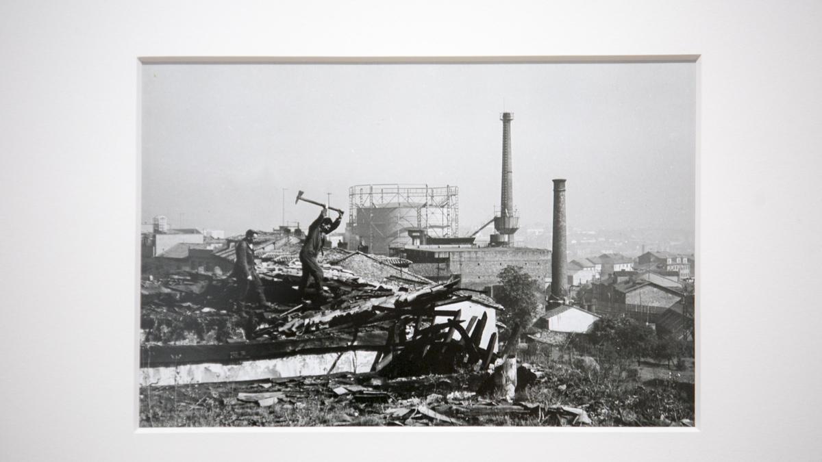 Oviedo entre 1858 y 1978, a través de las fotografías del Muséu del Pueblu d'Asturies