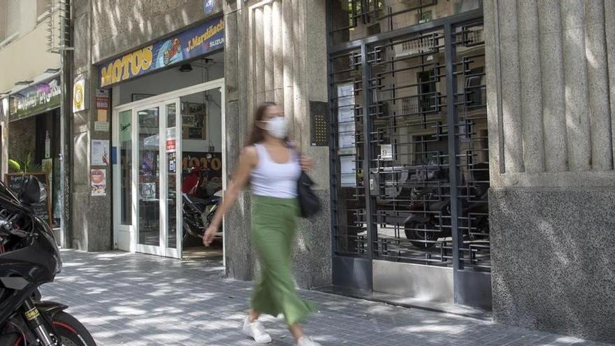 Los Mossos, obligados a usar una pistola eléctrica en una ocupación en Barcelona