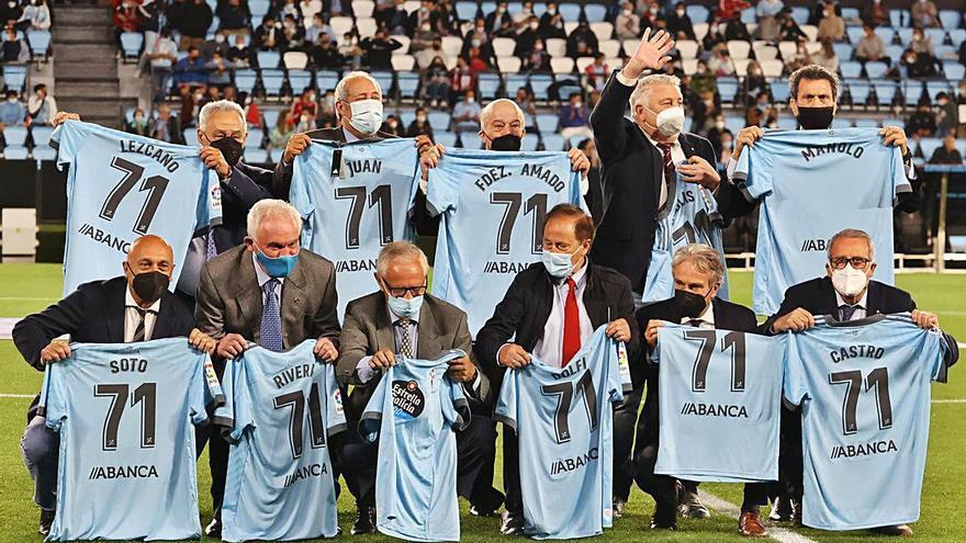 Dolfi participa en el homenaje al primer equipo del Celta que jugó competición europea