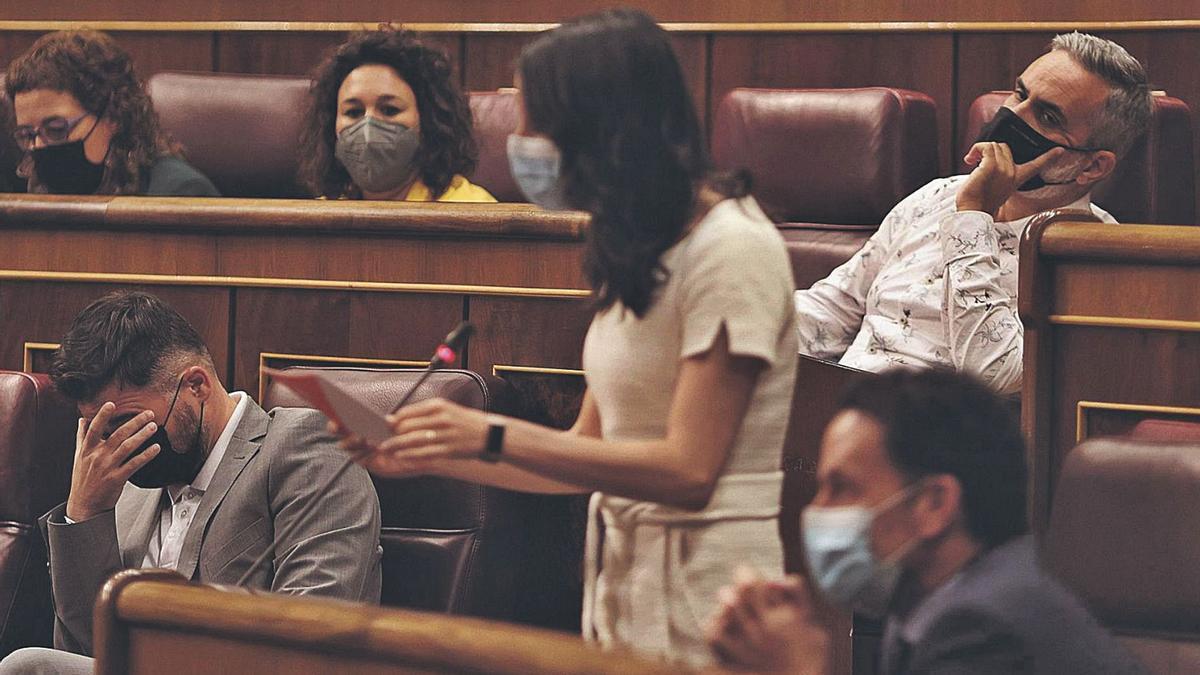 La presidenta de Cs, Inés Arrimadas, intervé en la sessió de control al Govern, ahir al Congrés dels Diputats.   EDUARDO PARRA/EUROPA PRESS