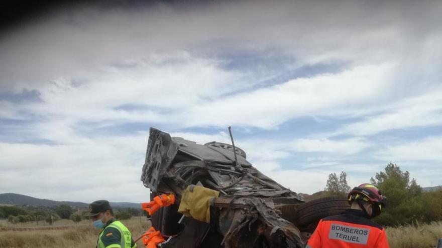 Herido grave el conductor de un turismo en un accidente de tráfico en Teruel