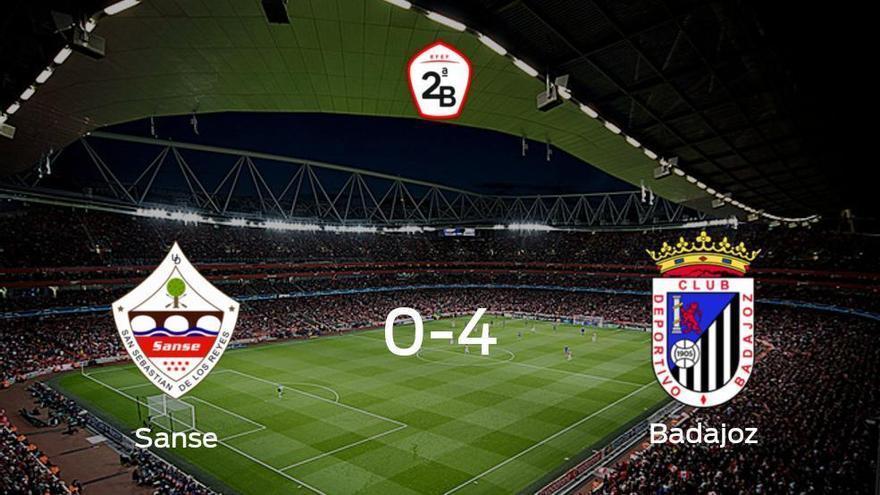 El Badajoz golea en el estadio del Sanse (0-4)