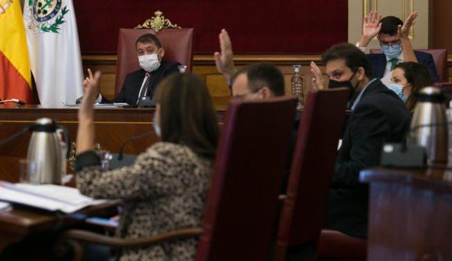 Pleno en el Ayuntamiento de Santa Cruz de Tenerife
