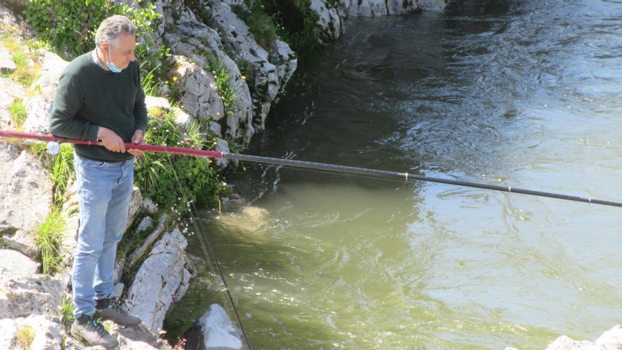 Se abre la temporada de pesca de trucha y reo en zonas salmoneras asturianas