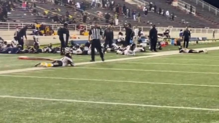 Varios heridos durante un tiroteo en un partido escolar en Alabama