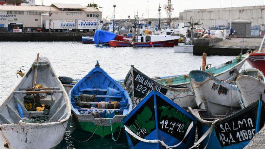 Dos muertos en un cayuco localizado a casi 10 kilómetros de Gran Canaria