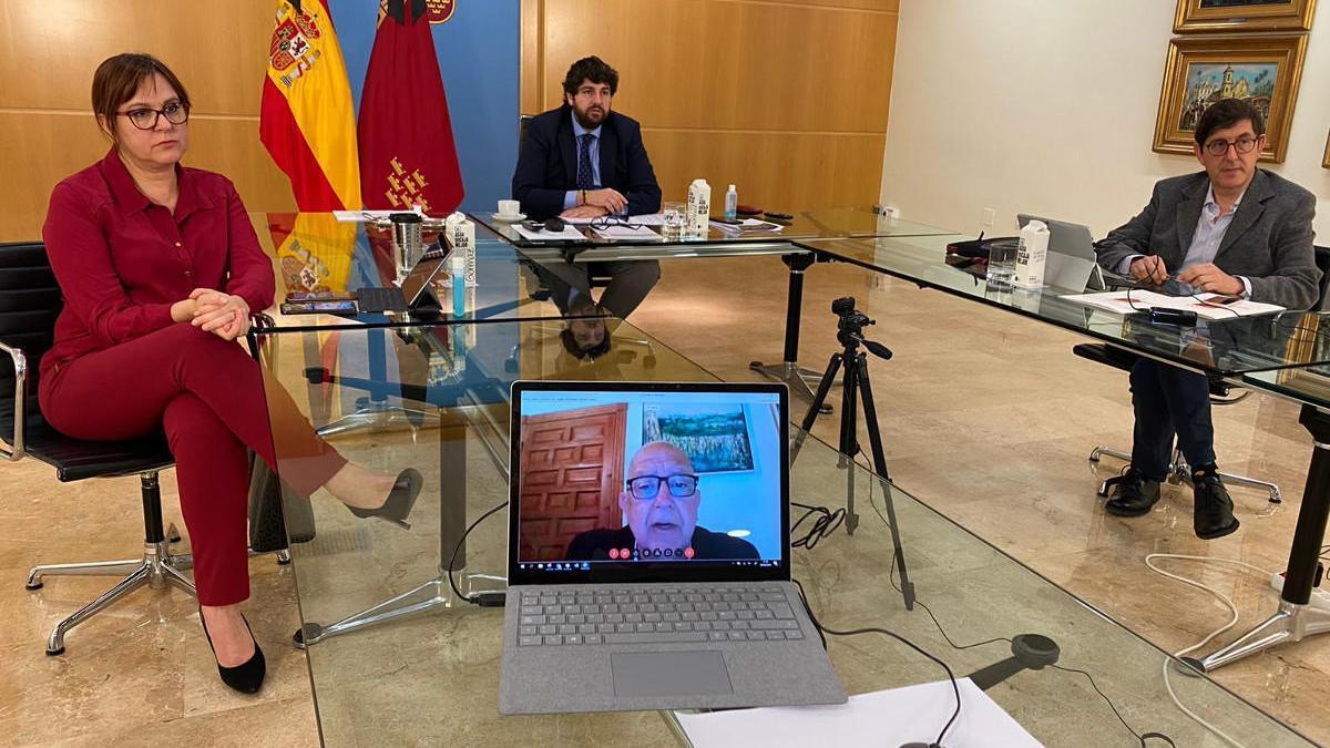 El Ayuntamiento de Cartagena dona 12 camas a los hospitales Santa Lucía y Rosell