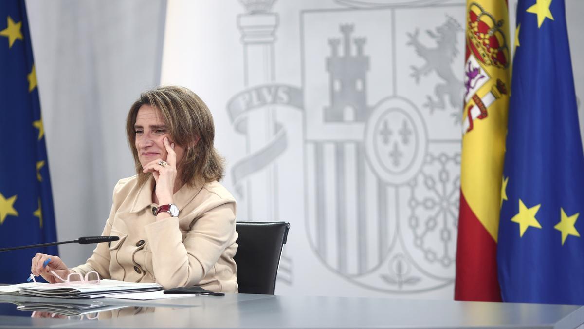 Una imagen de Teresa Ribera en la rueda de prensa posterior al Consejo de Ministros.