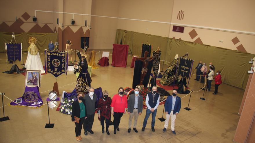 L'Alcora despide la exposición del imaginario de Semana Santa
