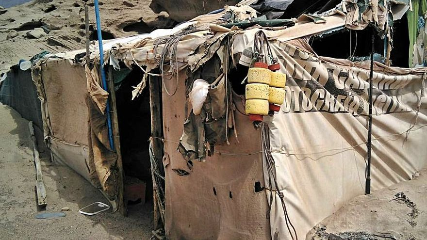 Campistas ilegales dejan 950 kilos de residuos en Punta de las Arenas