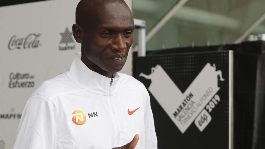 Presentación de los atletas élite del Maratón Valencia Trinidad Alfonso y 10k