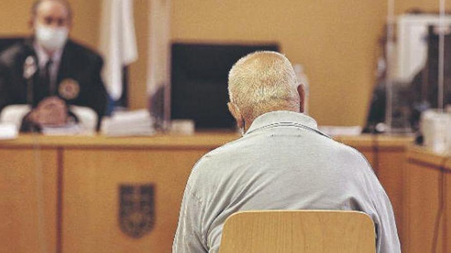 Admite que mató a su amigo en Tenerife por negarse a pagar las rondas de cerveza