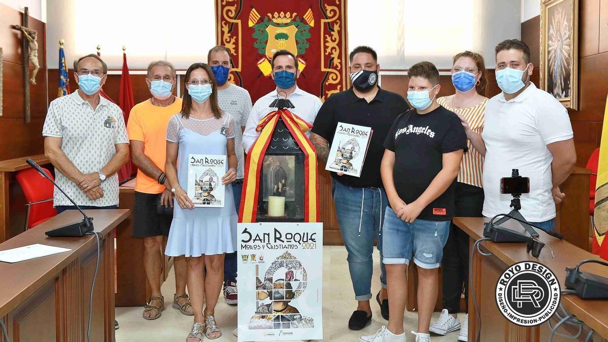 Presentación de la revista y la portada de las fiestas de San Roque de Callosa