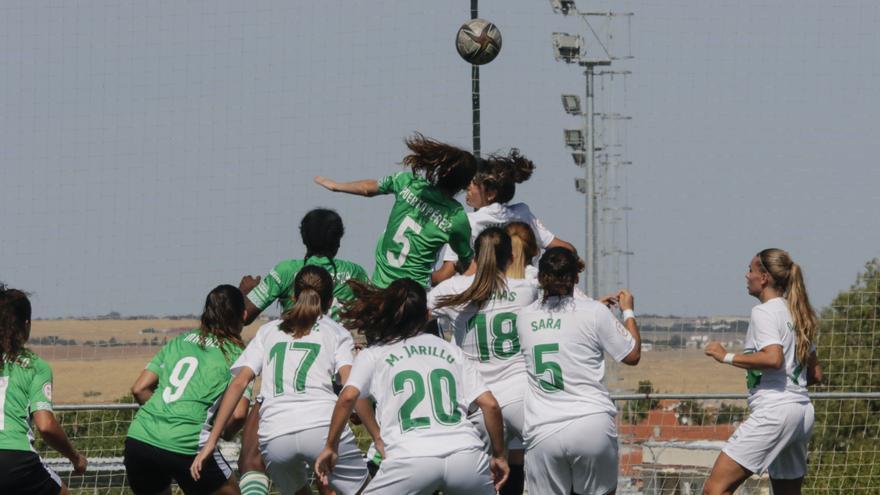 Cacereño Femenino y Juan Grande se juegan el liderato en Pinilla