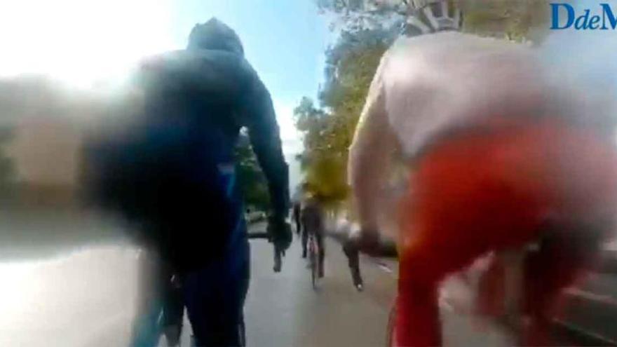 Una furgoneta arrolla a un grupo de ciclistas en Palma y se da a la fuga