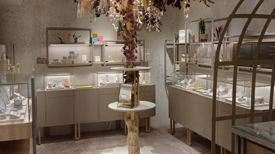 La firma de joyería y lifestyle Apodemia abre en la calle Larios de Málaga